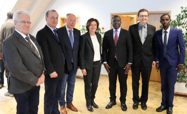 The German-Rwandan delegation and the Prime Minister of Rhineland-Palatinate. Photo: State Chancellery Rhineland-Palatinate