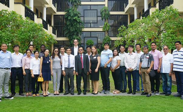 A group photo of the participants of the network meeting. Photo: Duong Phu Tam