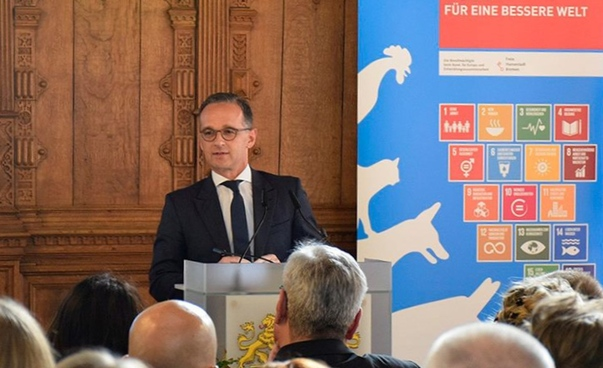 German Foreign Minister Heiko Maas is holding a talk at the 2nd Sisters Cities Conference in Bremen.